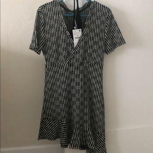 Zara short dress V neck